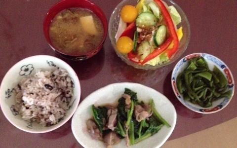 加藤茶の嫁の弟の彼女が作った朝食 使われている食器が加藤茶の家の食器と同じ