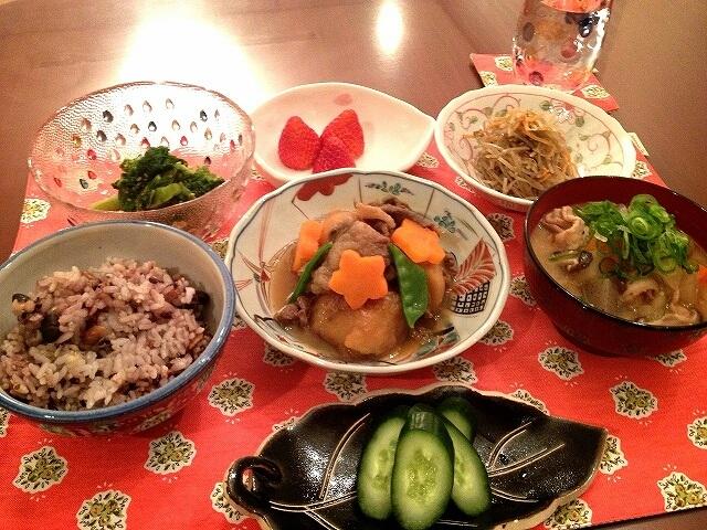 加藤茶の嫁が作った夕食 使われている食器が綾菜の弟の彼女と同じ
