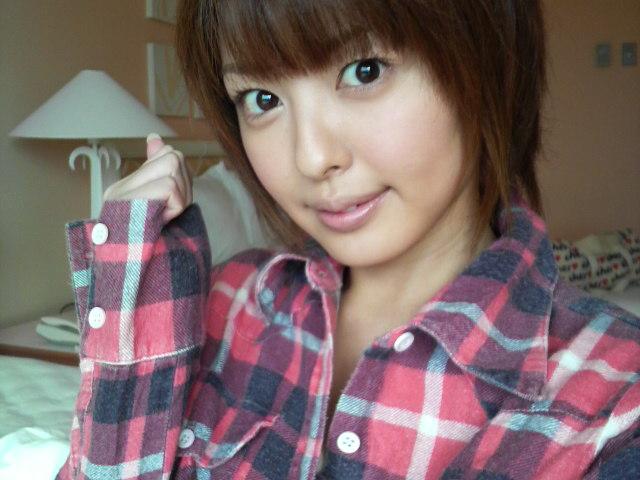 浜田雅功との3年不倫をフライデーに撮られたグラドルの吉川麻衣子