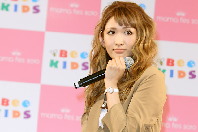 mama fes(ママフェス)2010にゲスト出演したダルビッシュ紗栄子
