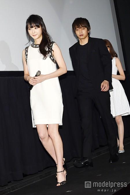 映画『呪怨 -終わりの始まり-』の初日舞台あいさつに出席した佐々木希