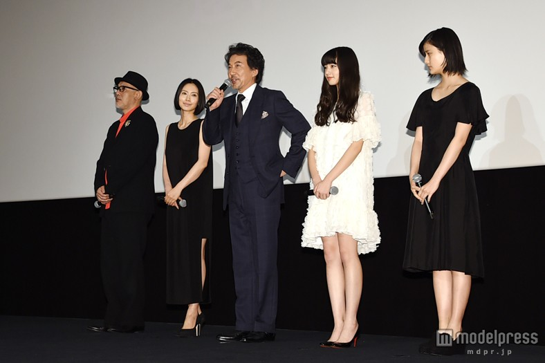 映画「渇き。」の初日舞台挨拶に出席した中谷美紀、役所広司、橋本愛