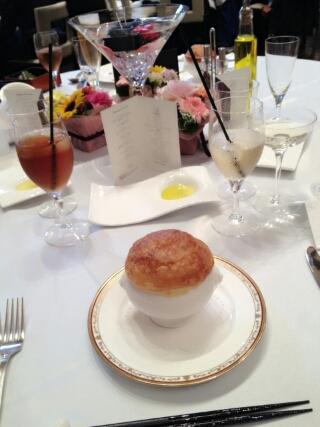 加藤茶の嫁(加藤綾菜)が出席した結婚式での料理