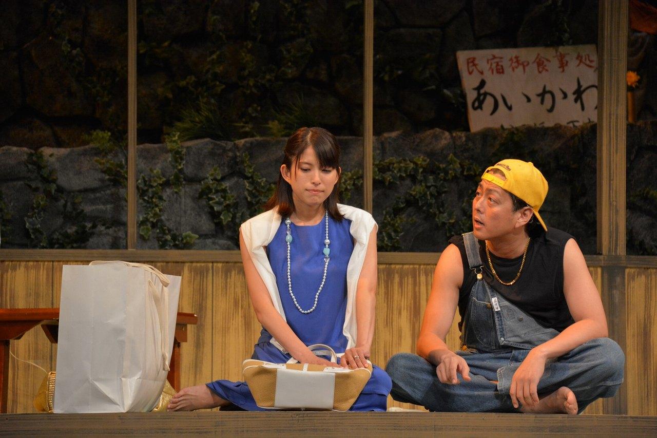 「夕-ゆう-」の公開リハーサルでの上原多香子と高橋光臣