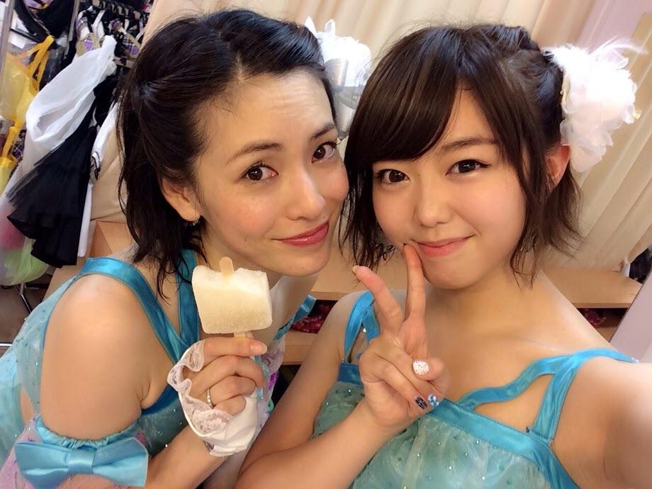 大人AKB48・塚本まり子と峯岸みなみ まりりの腋