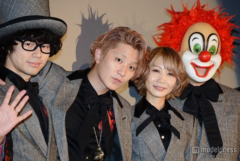 映画「TOKYO FANTASY SEKAI NO OWARI」の舞台挨拶に登場したSEKAI NO OWARIのメンバー