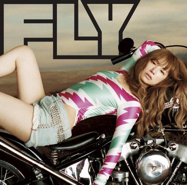 YUKIのアルバム「FLY」のジャケット写真