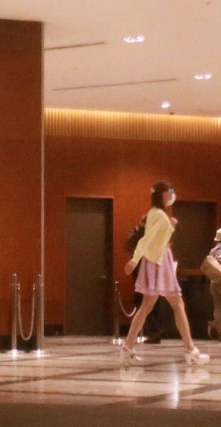 小栗旬と高級ホテルで疑惑の90分を過ごしたデリヘル嬢、フライデー画像