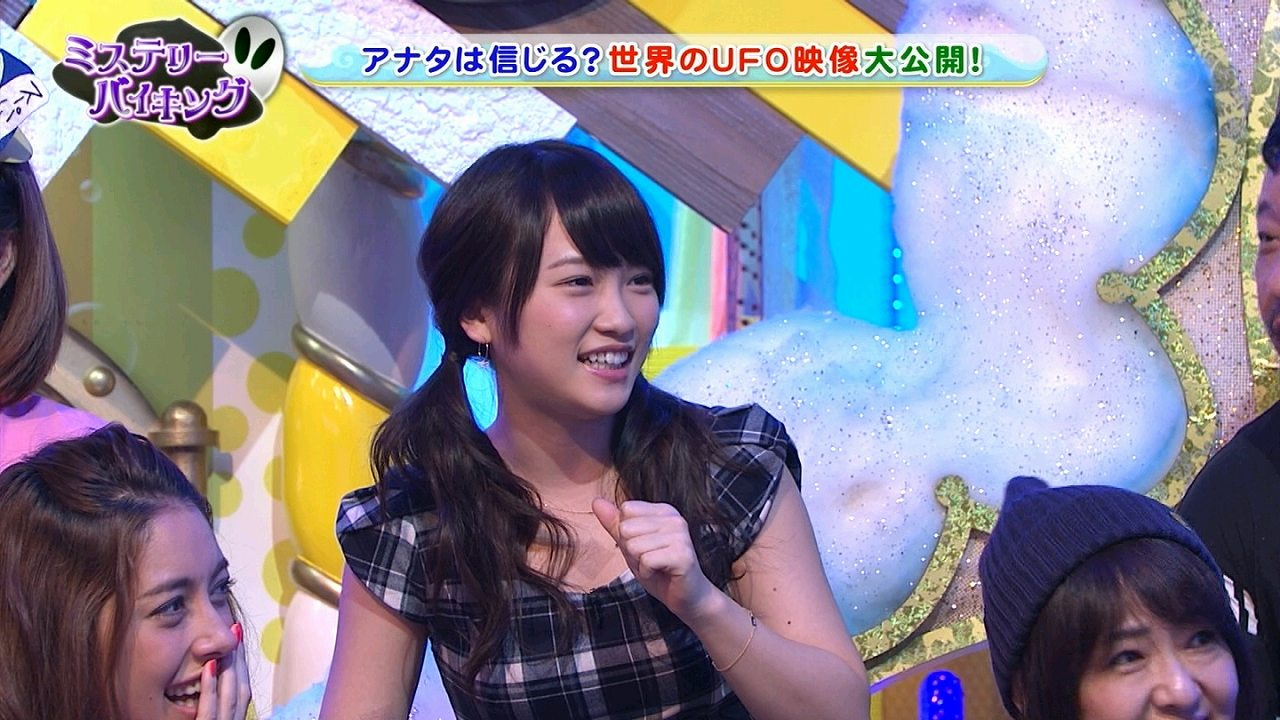 AKB48の川栄李奈がキスマークを絆創膏で隠してテレビ出演