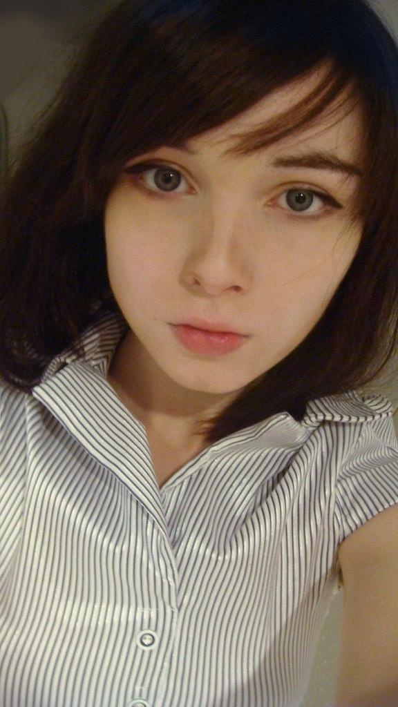 ロシア人美女、katya lischinaちゃん