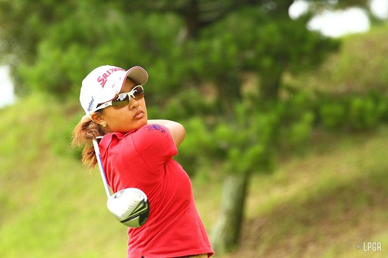 プロゴルファーの鈴木愛