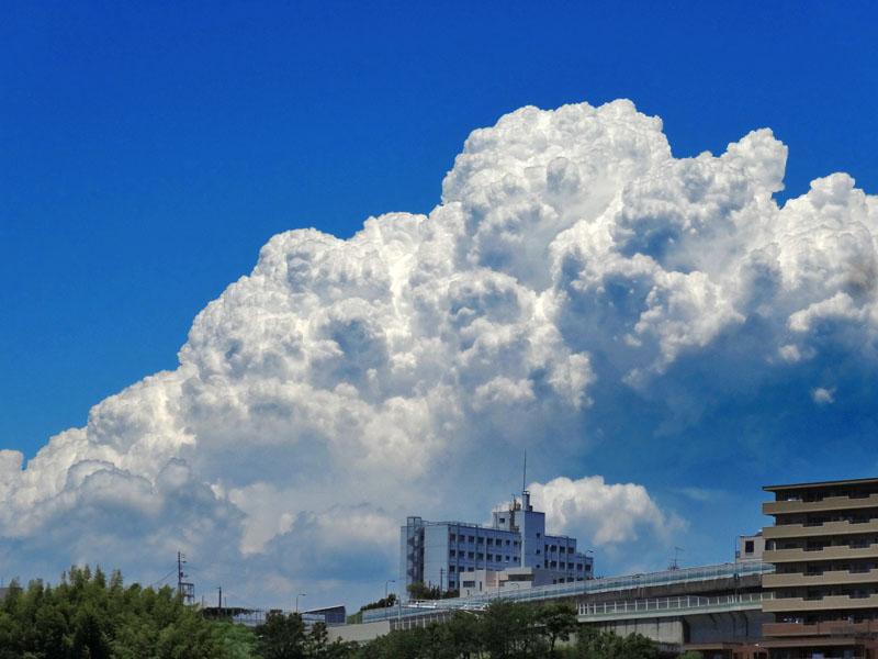 140613今日の入道雲1