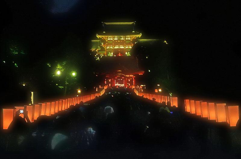 141809八幡宮ぼんぼり祭1