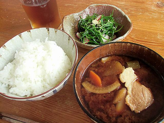 猪鍋風味噌汁