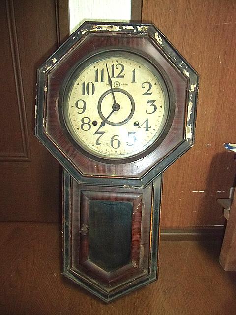 古い掛け時計