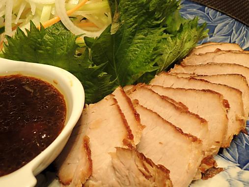 4月1日 焼き豚サラダ