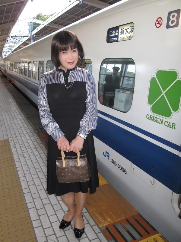 090426熱海駅にて(1)
