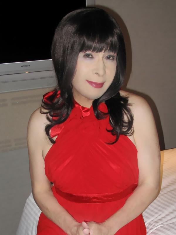090819赤ホルターネックドレス(3)