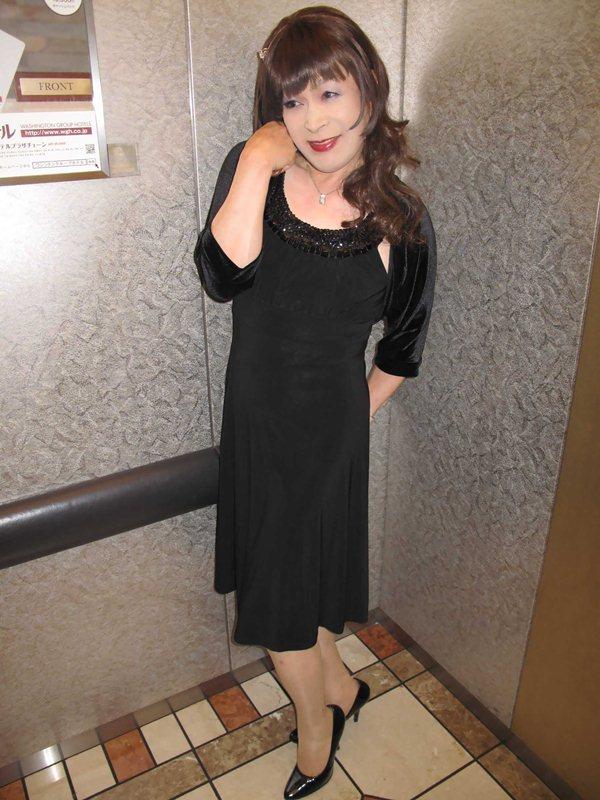 090929黒ワンピドレス(1)