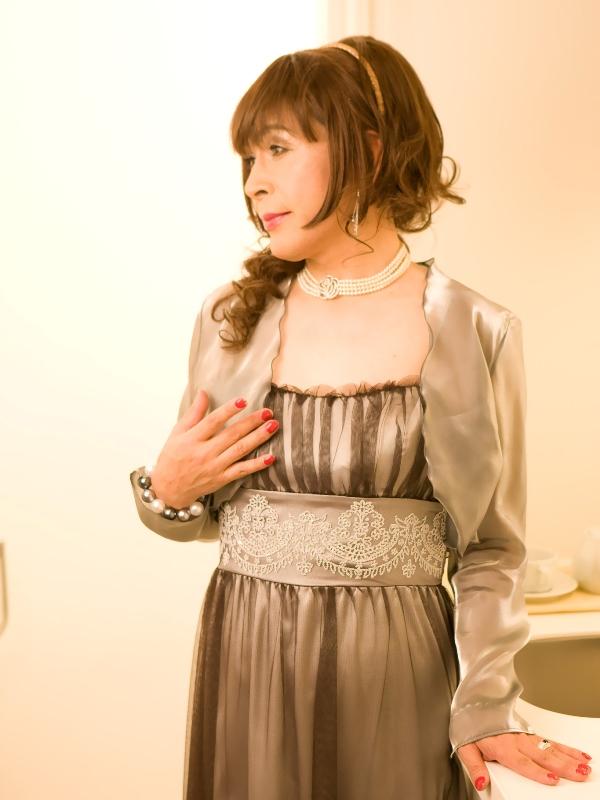 銀ドレス(1)