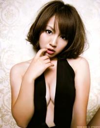 isoyama_sayaka_g064.jpg