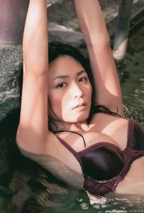kawamura_yukie_g106.jpg