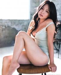 kawamura_yukie_g110.jpg