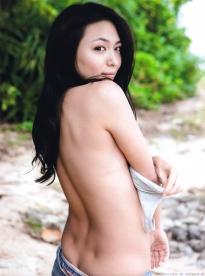kawamura_yukie_g112.jpg