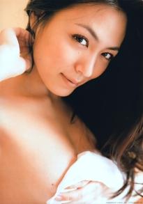 kawamura_yukie_g118.jpg