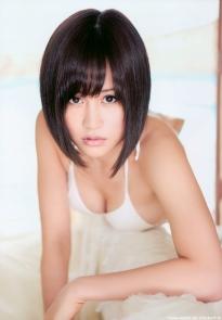 maeda_atsuko_g081.jpg