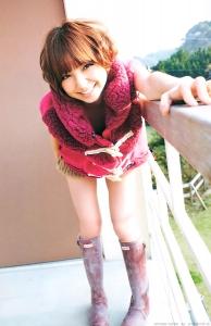 shinoda_mariko_g075.jpg