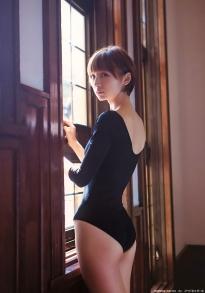 shinoda_mariko_g077.jpg