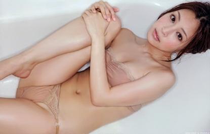 tatsumi_natsuko_g046.jpg