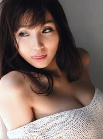 yoshiki_risa_g102.jpg