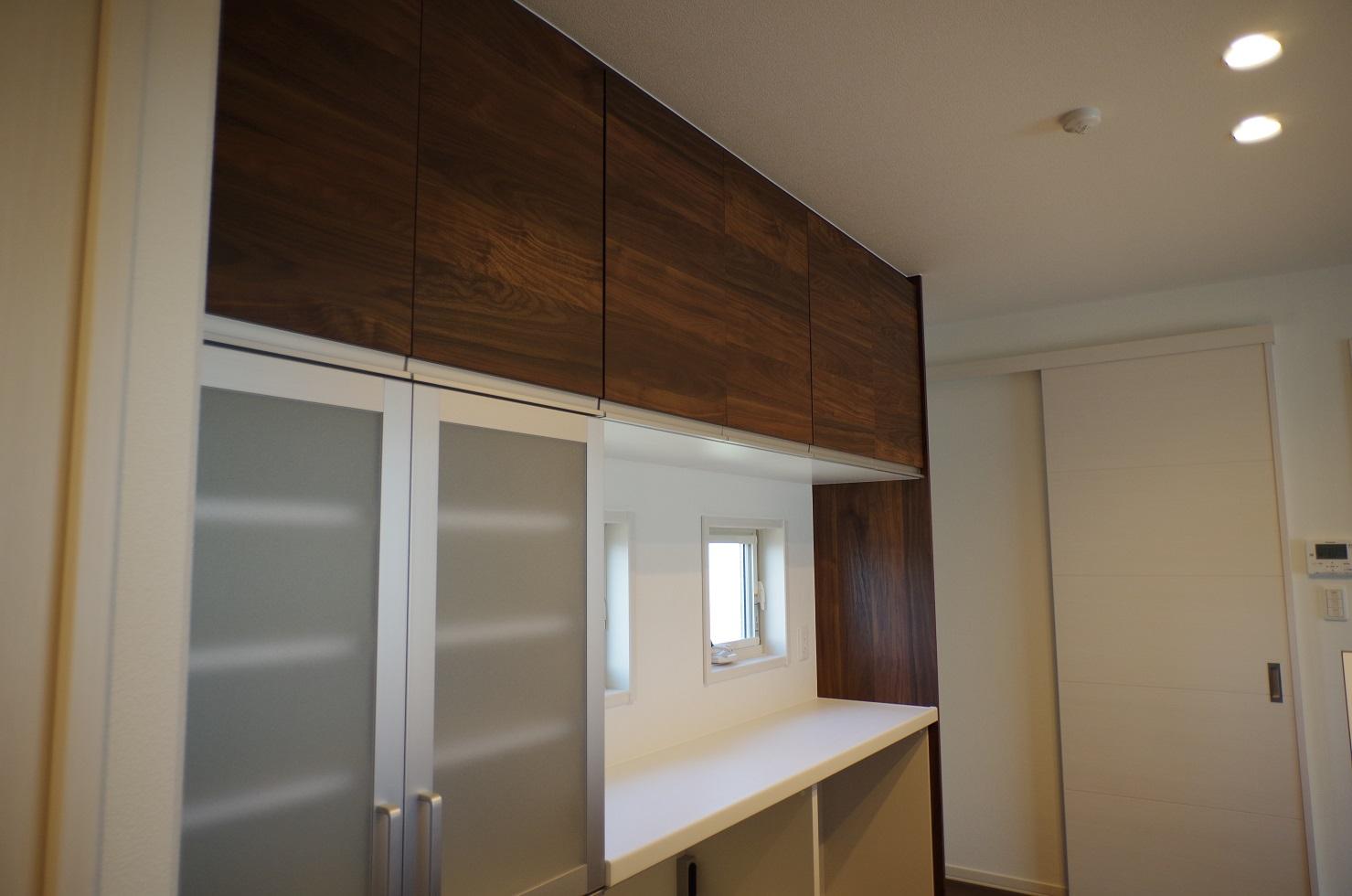 2階キッチンカップボード2
