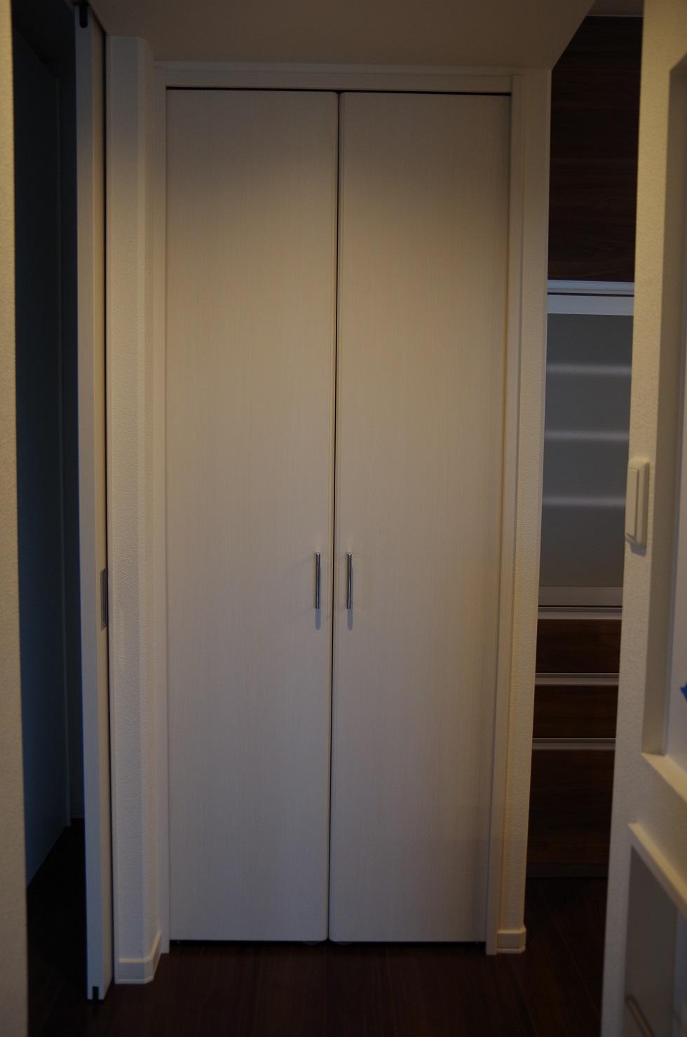 2階キッチンパントリー2