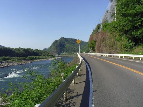 22 朝の長良川1300