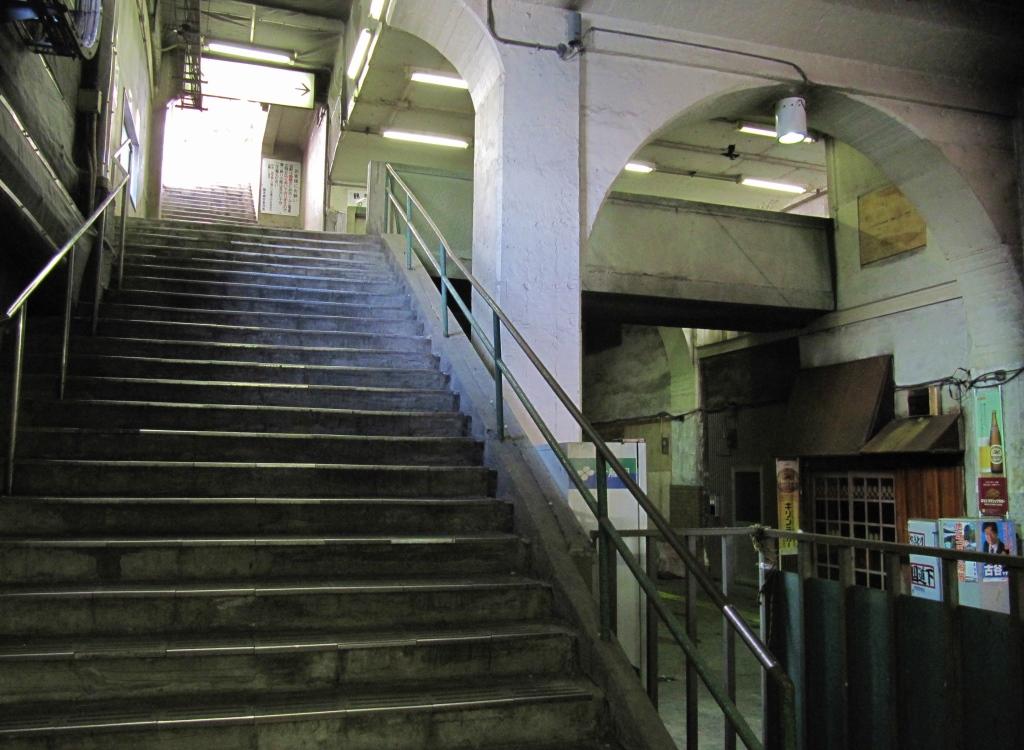 国道駅その3 (1)