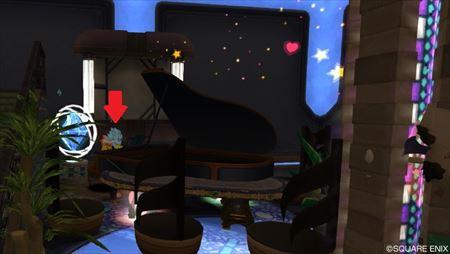 ピアノに座る_R