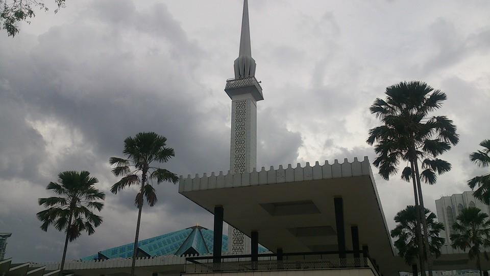 国立モスク 537117_477709262356572_1513138722_n