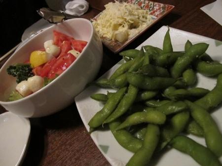 トマトとモッツアレラチーズ、枝豆