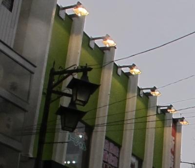 横浜弘明寺 街灯