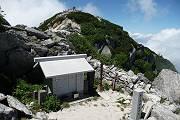 07_駒ヶ岳神社本社と山頂-s