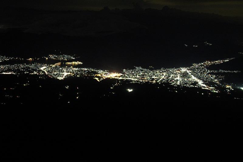 山小屋からの夜景