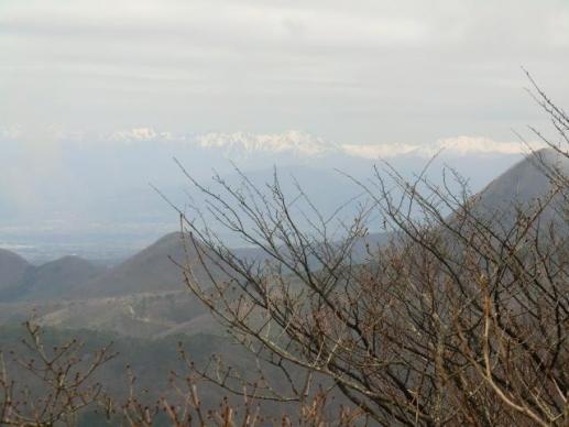 荒山山頂から谷川岳方面