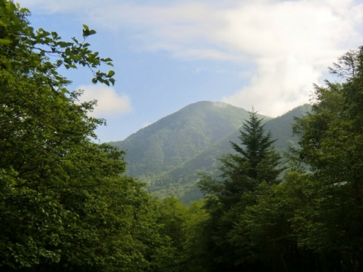 振り返れば黒檜山