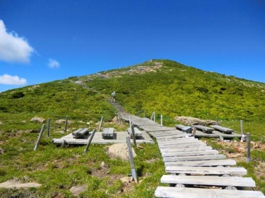 高天ヶ原から山頂