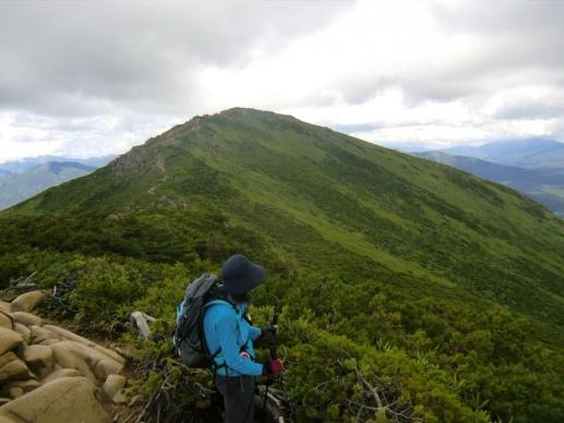 小至仏山から至仏山