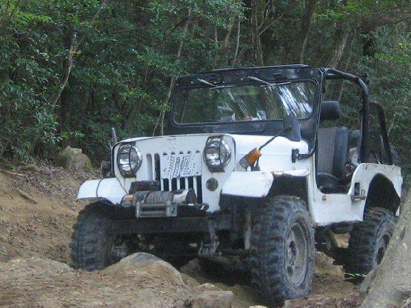 jeep-02.jpg