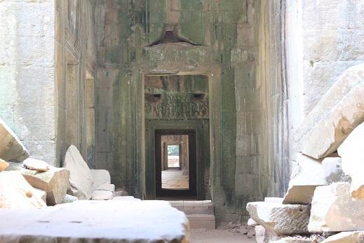 タプローム寺院2